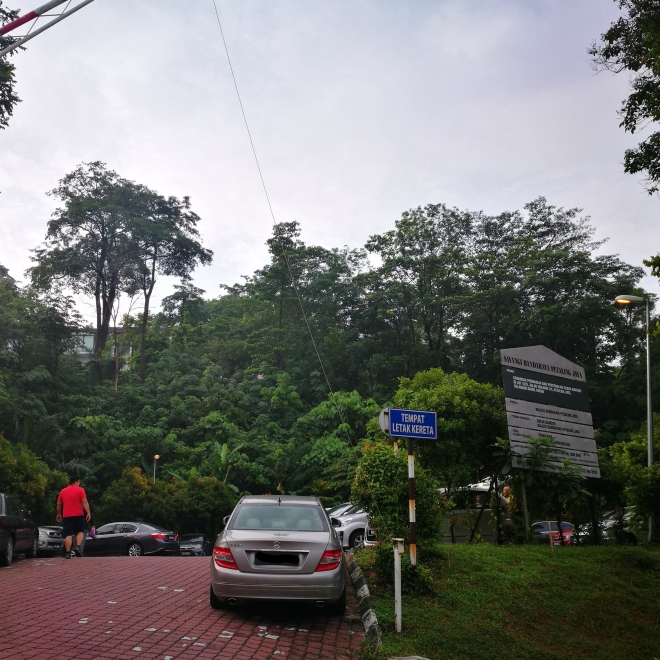 Parking at Gasing Hill